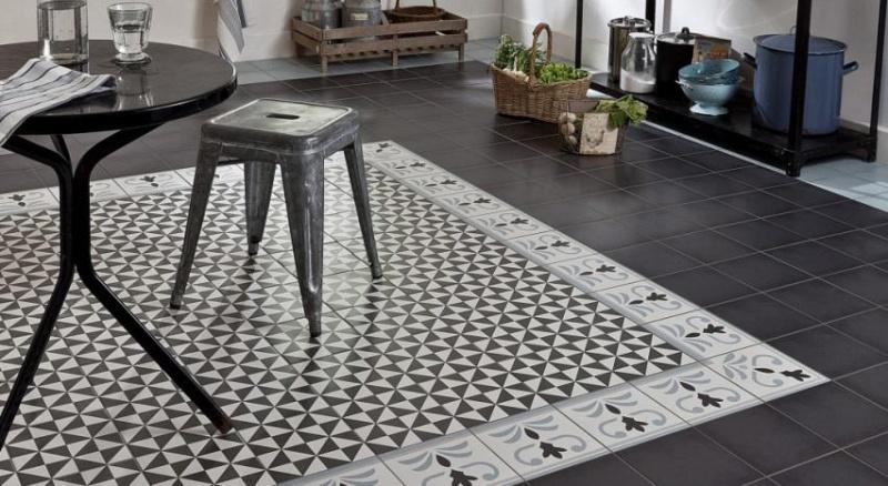 Les plus beaux sols en carreaux ciment - Carre blanc tapis de bain ...